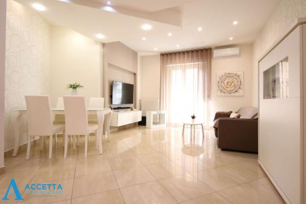 Appartamento in vendita a Taranto, Rione Italia, Montegranaro, 103 mq