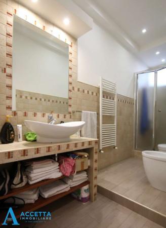 Appartamento in vendita a Taranto, Rione Italia, Montegranaro, 103 mq - Foto 9
