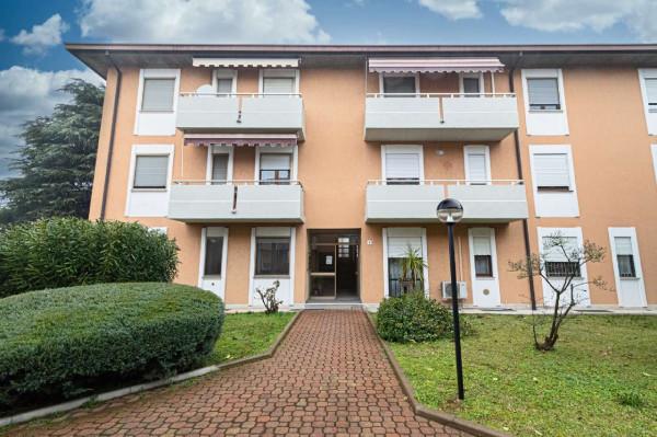 Appartamento in vendita a Lainate, Barbaiana, Con giardino, 80 mq - Foto 1