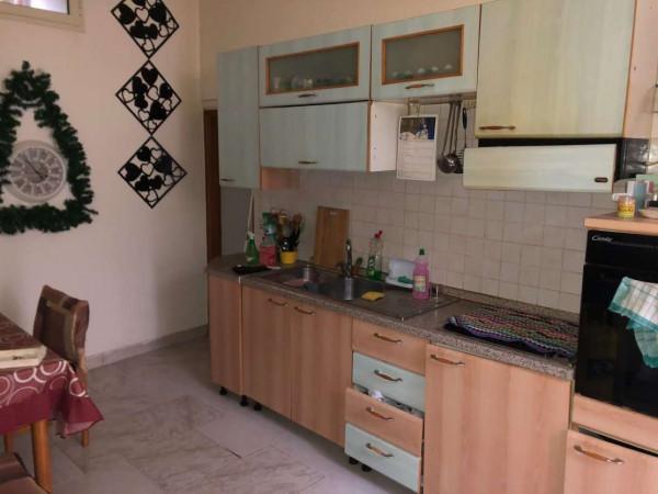 Appartamento in affitto a Sant'Anastasia, Centrale, Arredato, 60 mq