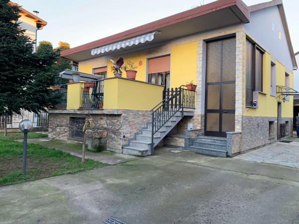 Villa in vendita a Garbagnate Milanese, Smr, Con giardino, 192 mq