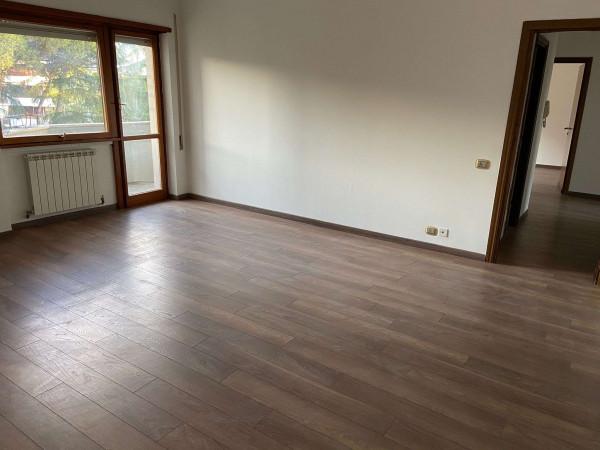 Appartamento in vendita a Roma, Mostacciano, 100 mq
