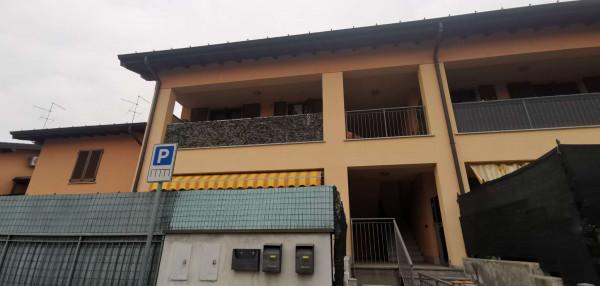 Appartamento in vendita a Crespiatica, Residenziale, 87 mq