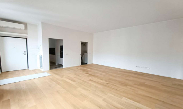Appartamento in affitto a Milano, Isola, 65 mq