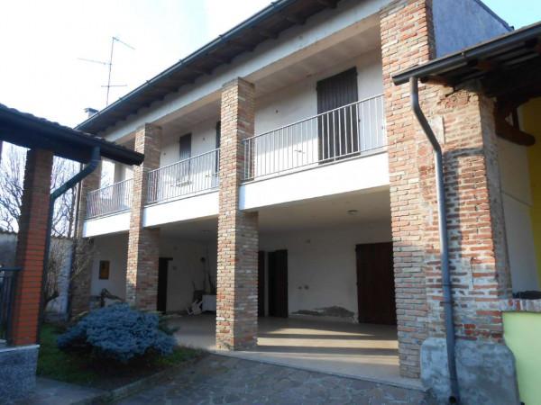 Villa in vendita a Bagnolo Cremasco, Residenziale, Con giardino, 280 mq