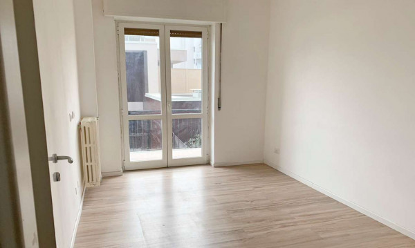 Appartamento in vendita a Milano, Lambrate, 120 mq - Foto 1