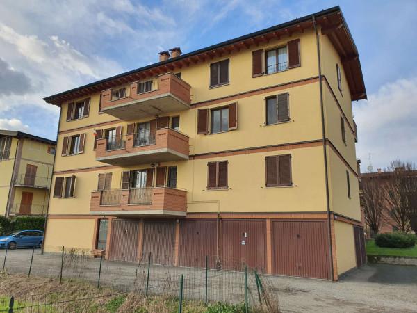 Appartamento in vendita a Truccazzano, Residenziale, Con giardino, 58 mq