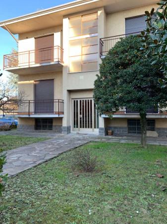 Villa in vendita a Garbagnate Milanese, Stazione, Con giardino, 400 mq - Foto 1