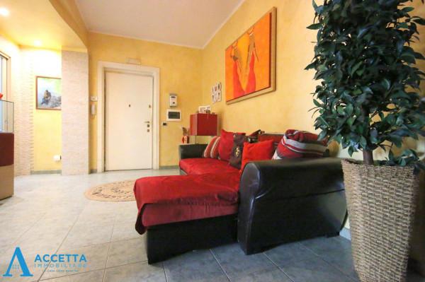 Appartamento in vendita a Taranto, Tre Carrare, Battisti, 85 mq
