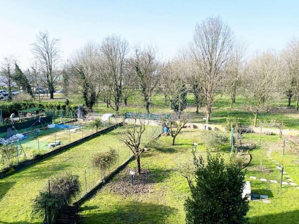 Villetta a schiera in vendita a Rodano, Con giardino, 160 mq - Foto 3