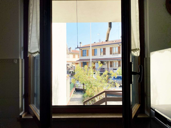 Villetta a schiera in vendita a Rodano, Con giardino, 160 mq - Foto 5