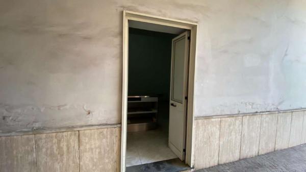 Locale Commerciale  in affitto a Sant'Anastasia, Centrale, Con giardino, 65 mq - Foto 6