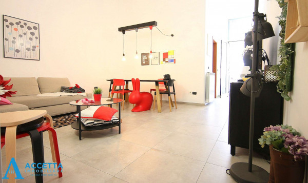 Appartamento in vendita a Taranto, Borgo, 105 mq