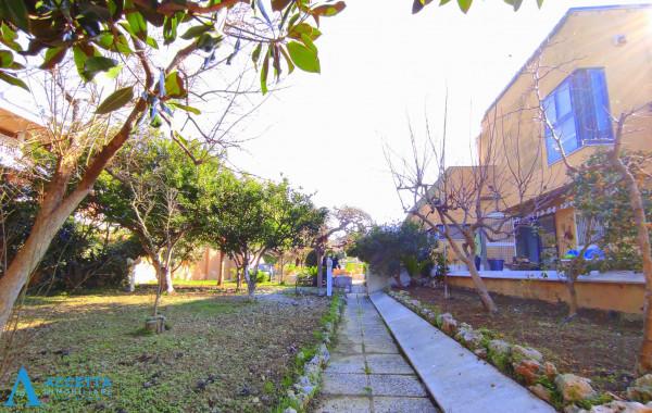 Villa in vendita a Taranto, Rione Laghi - Taranto 2, Con giardino, 446 mq - Foto 5