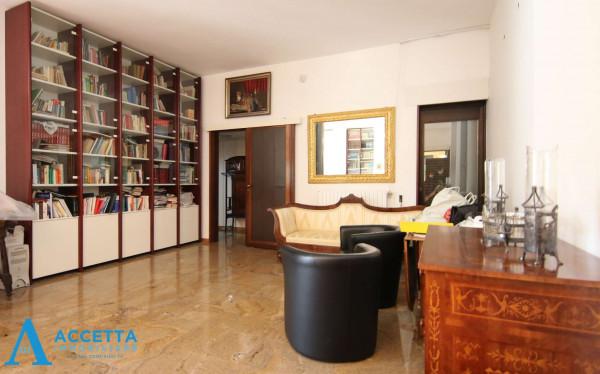 Villa in vendita a Taranto, Rione Laghi - Taranto 2, Con giardino, 446 mq - Foto 18