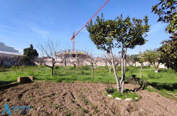 Villa in vendita a Taranto, Rione Laghi - Taranto 2, Con giardino, 446 mq - Foto 4