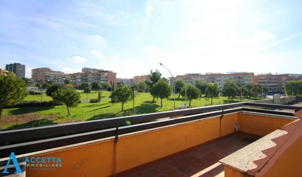 Villa in vendita a Taranto, Rione Laghi - Taranto 2, Con giardino, 446 mq - Foto 7