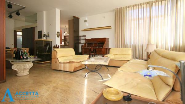 Villa in vendita a Taranto, Rione Laghi - Taranto 2, Con giardino, 446 mq - Foto 23