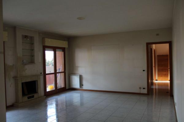 Appartamento in affitto a Roma, Acilia, Con giardino, 120 mq - Foto 1