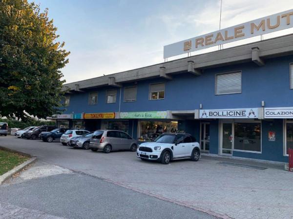 Negozio in vendita a Alpignano, Centro, 77 mq
