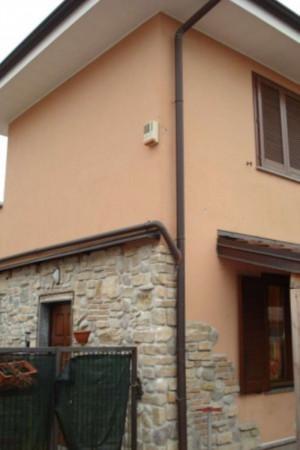 Appartamento in affitto a Caronno Pertusella, Arredato, con giardino, 55 mq