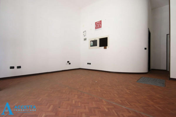 Negozio in vendita a Taranto, Tre Carrare, Battisti, 51 mq - Foto 14