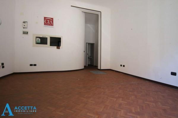 Negozio in vendita a Taranto, Tre Carrare, Battisti, 51 mq - Foto 5