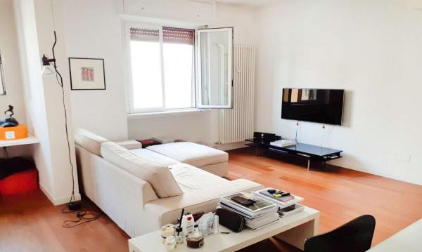 Appartamento in affitto a Milano, Porta Venezia, Arredato, 65 mq