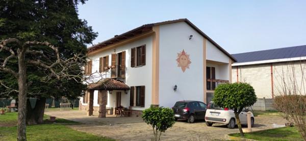 Rustico/Casale in vendita a Asti, Centro, Con giardino, 400 mq - Foto 1