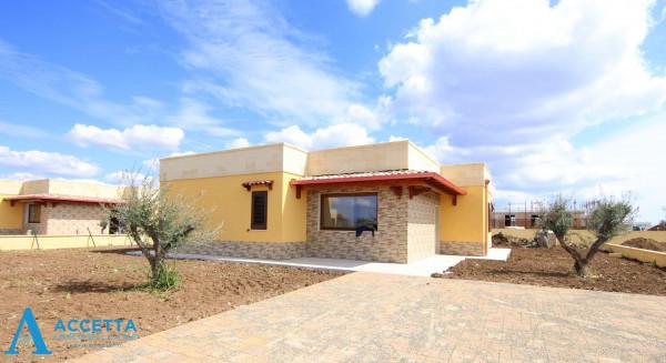 Villa in vendita a Taranto, Talsano, Con giardino, 100 mq