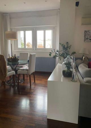 Appartamento in affitto a Milano, Repubblica, Arredato, 105 mq