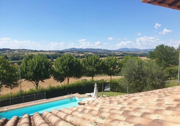 Villa in vendita a Perugia, San Martino In Colle, Con giardino, 300 mq