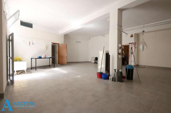 Locale Commerciale  in vendita a San Giorgio Ionico, 308 mq - Foto 14