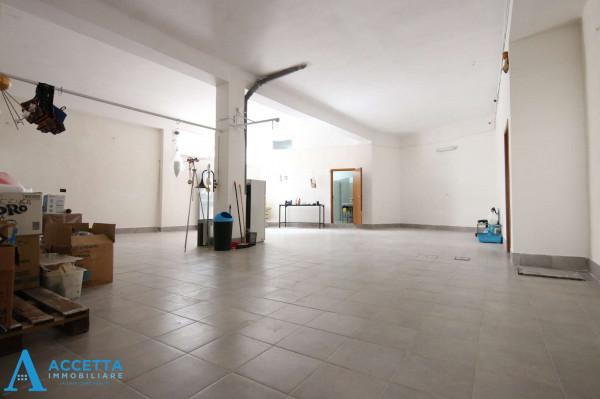 Locale Commerciale  in vendita a San Giorgio Ionico, 308 mq - Foto 15