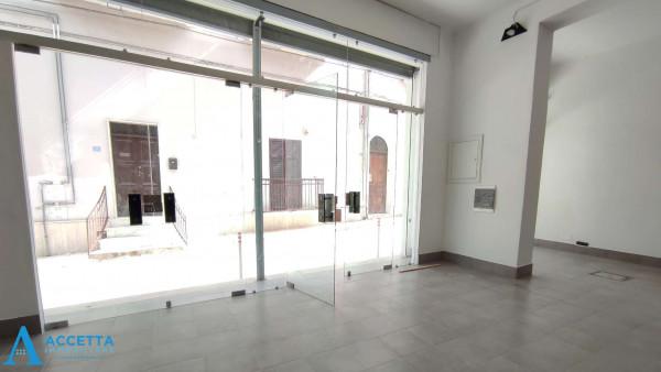 Locale Commerciale  in vendita a San Giorgio Ionico, 308 mq - Foto 4