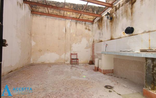Locale Commerciale  in vendita a San Giorgio Ionico, 308 mq - Foto 10