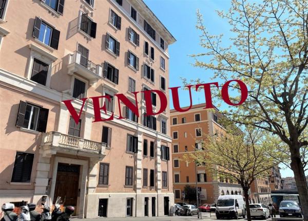 Trilocale in vendita a Roma, Re Di Roma, 68 mq