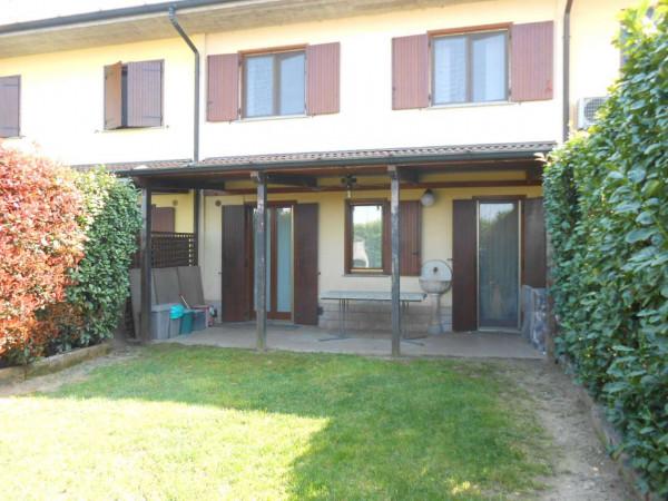 Villa in vendita a Bagnolo Cremasco, Residenziale, Con giardino, 166 mq