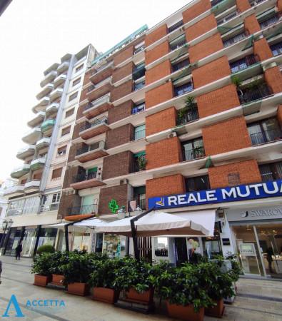 Appartamento in affitto a Taranto, Borgo, 56 mq