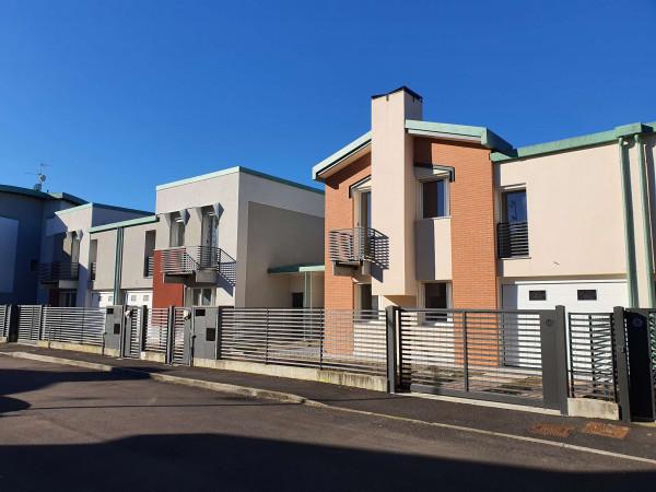 Villetta a schiera in vendita a Melegnano, Residenziale A 20 Minuti Da Melegnano, Con giardino, 168 mq - Foto 4