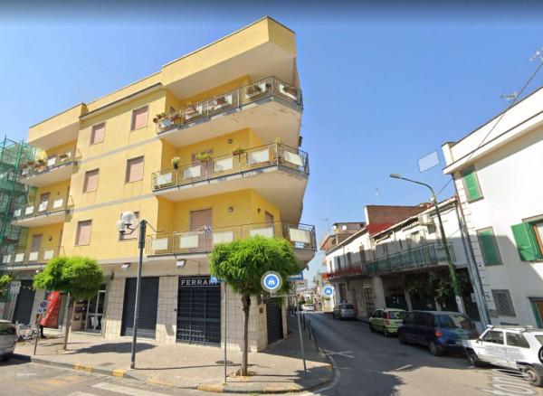Appartamento in vendita a Sant'Anastasia, Centrale, 120 mq - Foto 2