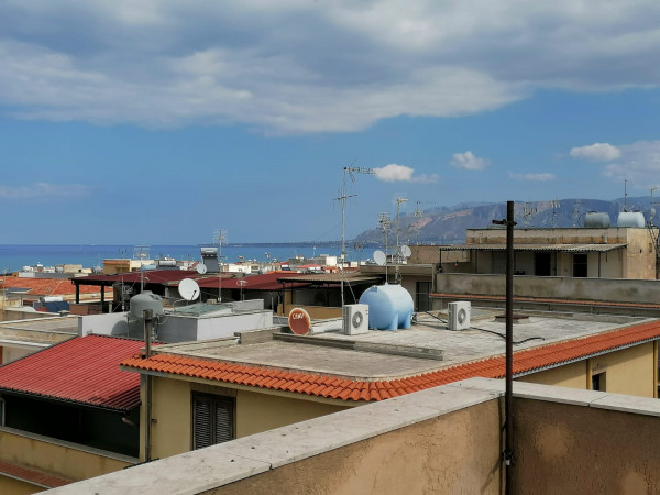 Appartamento in vendita a Balestrate, 140 mq - Foto 2