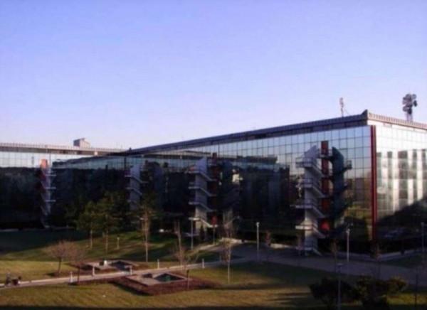 Ufficio in affitto a Assago, 550 mq