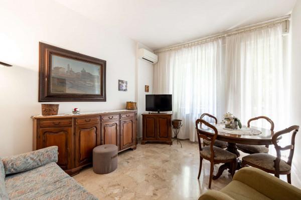 Appartamento in vendita a Milano, Vigentino, 100 mq