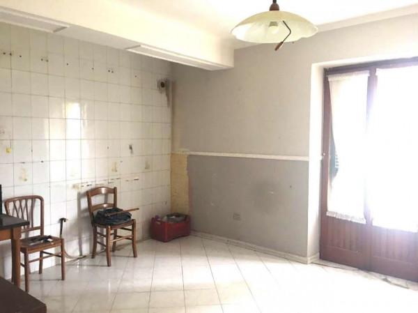 Appartamento in affitto a Sant'Anastasia, Semi-centrale, 85 mq