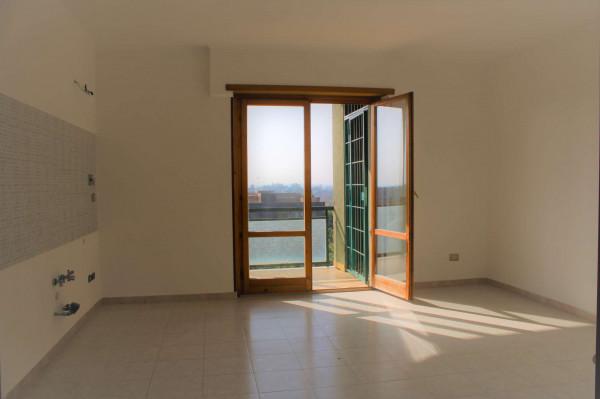 Appartamento in vendita a Roma, Dragoncello, Con giardino, 80 mq