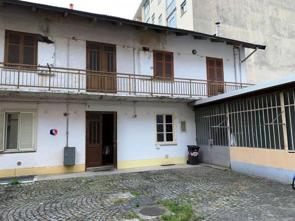 Locale Commerciale  in vendita a Rivoli, Cascine Vica, 132 mq - Foto 3