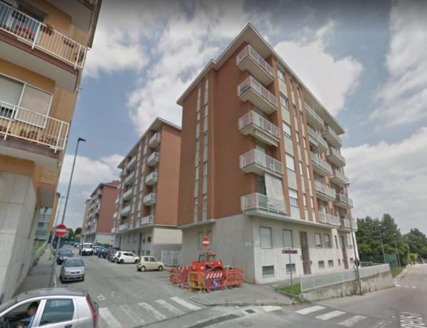 Appartamento in affitto a Rivoli, Borgo Uriola, 60 mq