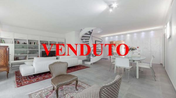 Appartamento in vendita a Milano, Vigentino, Con giardino, 200 mq - Foto 1