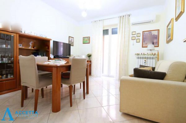 Appartamento in vendita a Taranto, Tre Carrare, Battisti, 78 mq